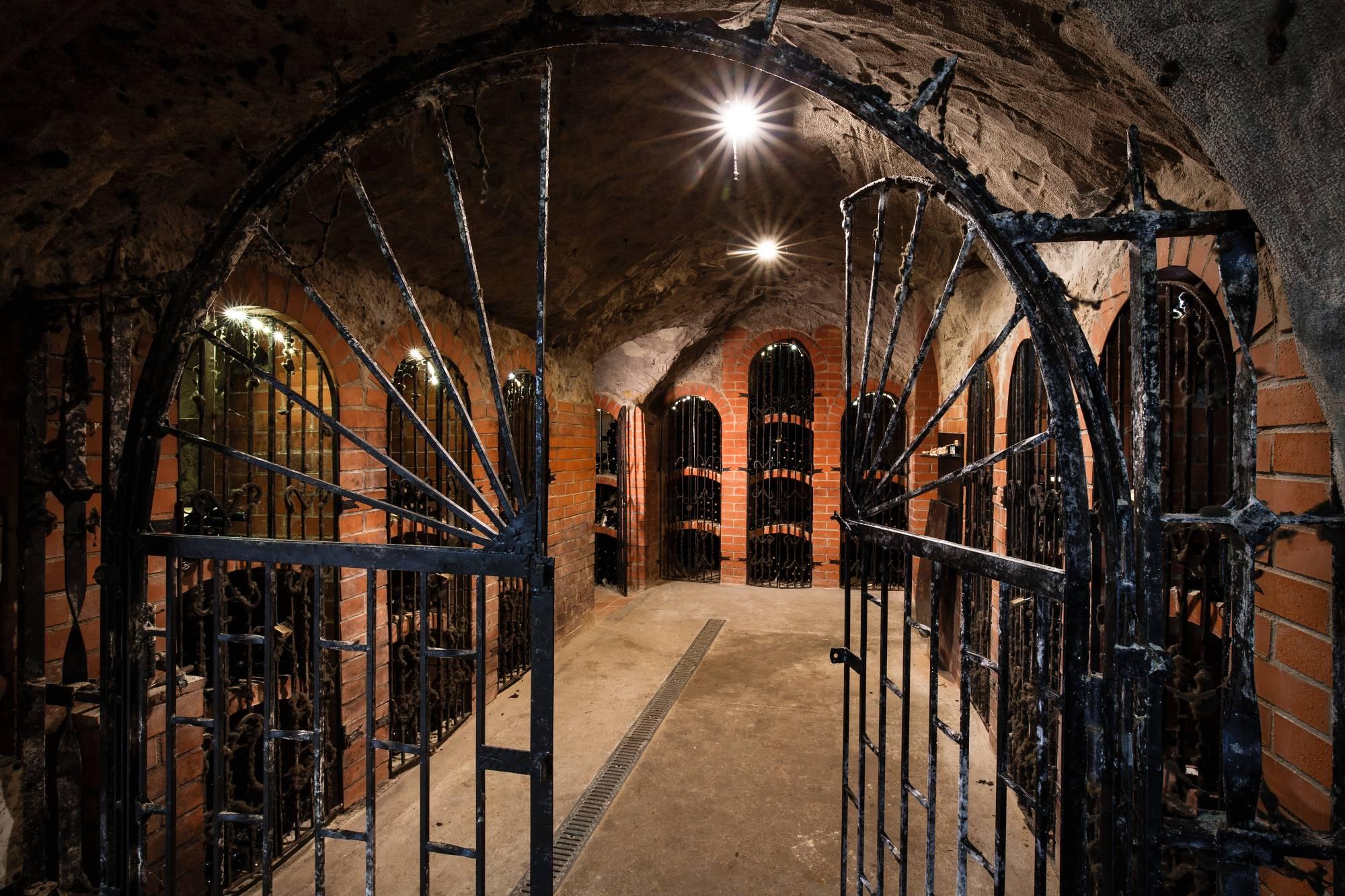 Vinařství Dobrovolný - sklepy